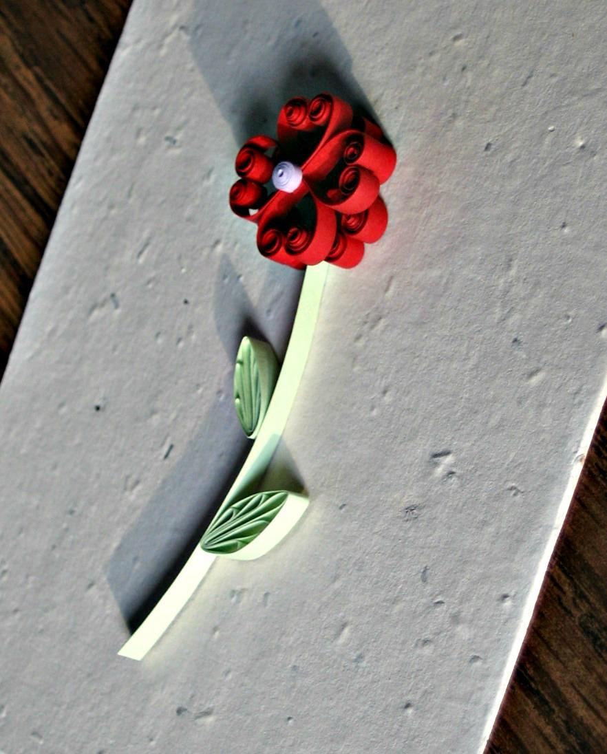 8-quilled-heart-flower-close