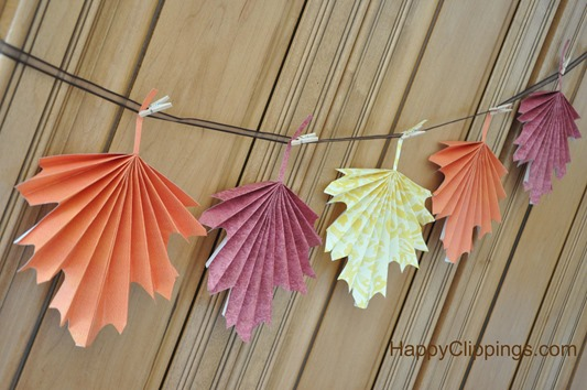 Folded Paper Leaves Thanksgiving Decorations