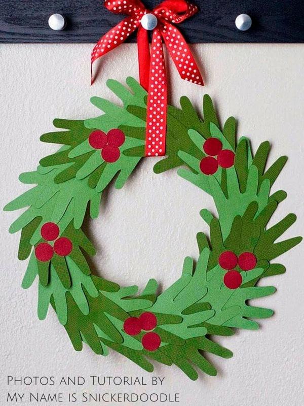 Last Minute Handprint Wreath