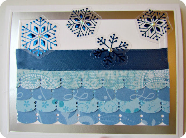 Scalloped Edge Holiday Card