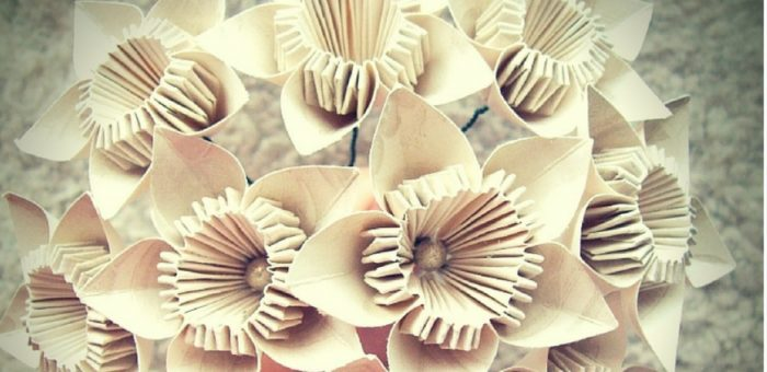 17 Paper Decorations for Your DIY Wedding