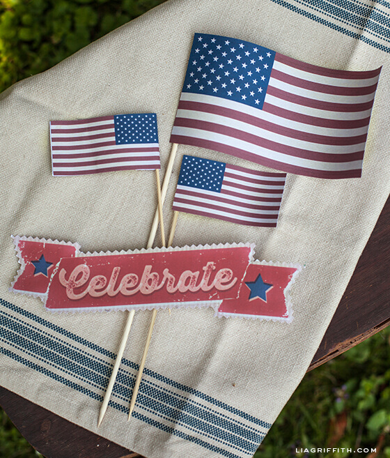 25-liagriffith-vintage-flags