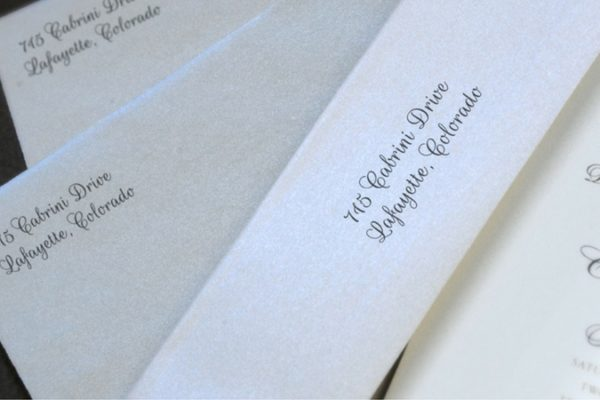 dos don'ts writing wedding stationery