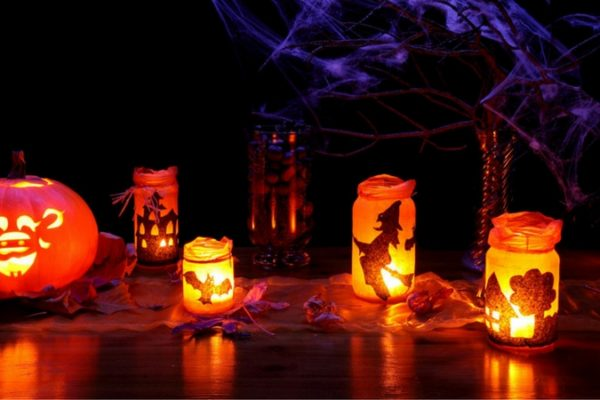 13 spooky decorations halloween party