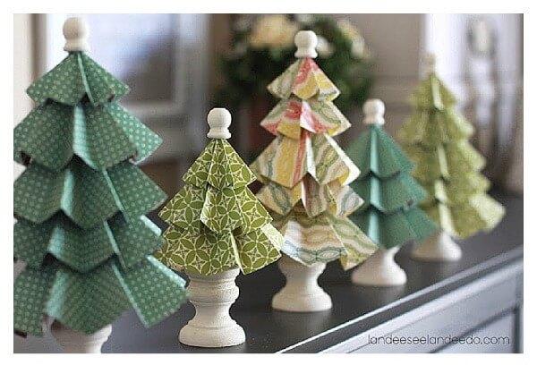 landeelu folded paper christmas trees