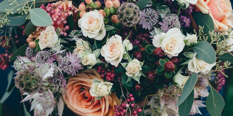 autumn wedding guide color palettes lilac purple