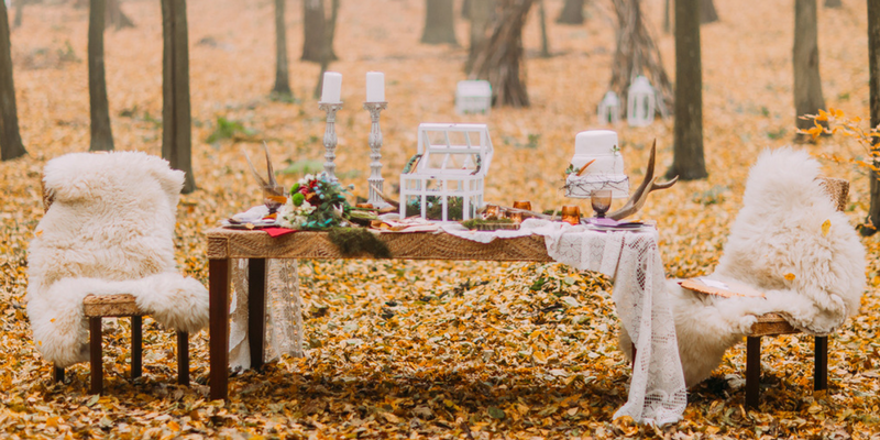 autumn wedding guide themes woodlands fall faux fur texture