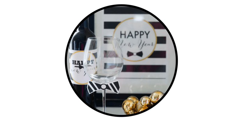 nye new years eve decorations activities place taste champagne bottle glass decorations